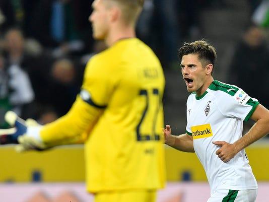Germany_Soccer_Bundesliga_49503.jpg