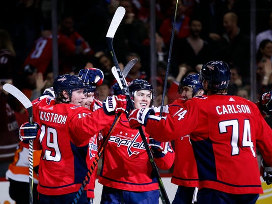 Capitals rally past Flyers 5-3 f93c1e738cd