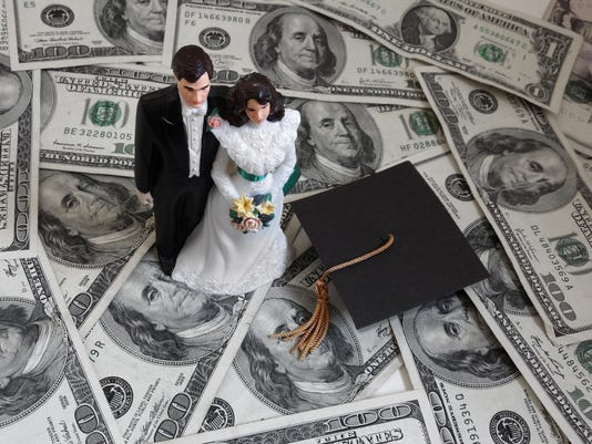 Student loan couple
