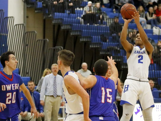Marcus Hayes puts up a shot for Horseheads against