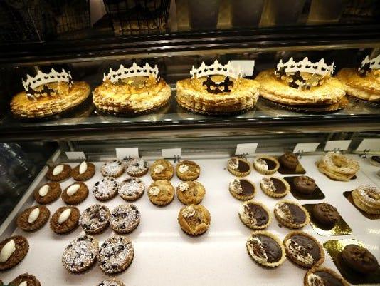 636201714962297438-King-cake-Mardi-Gras1.jpg