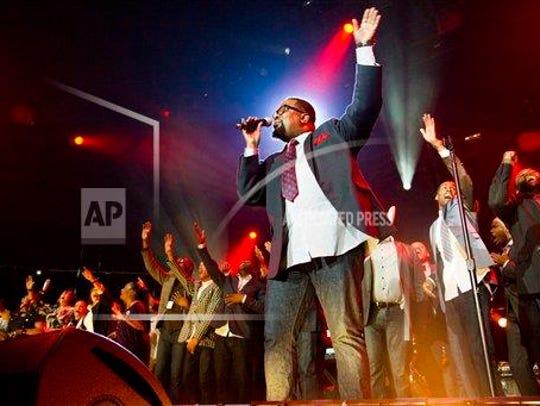 Hezekiah Walker performs during McDonald's Gospelfest