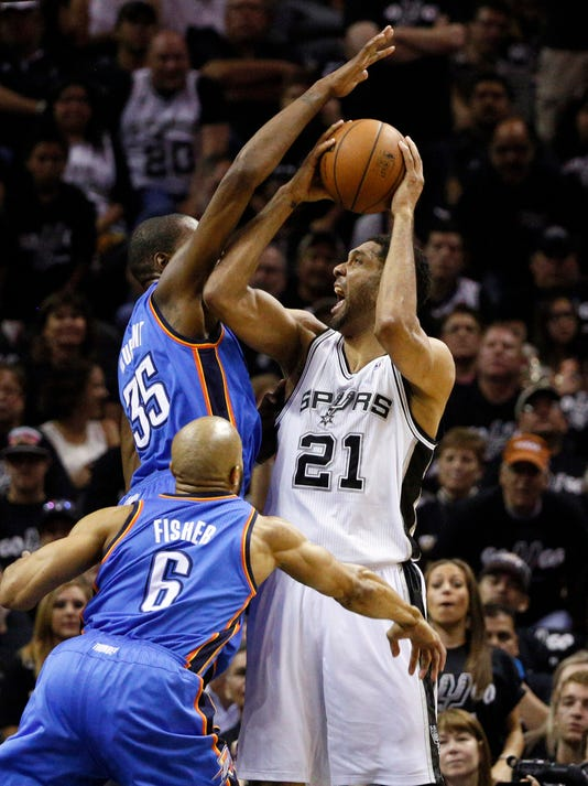 Spurs crush Thunder in paint to win West finals Game 1