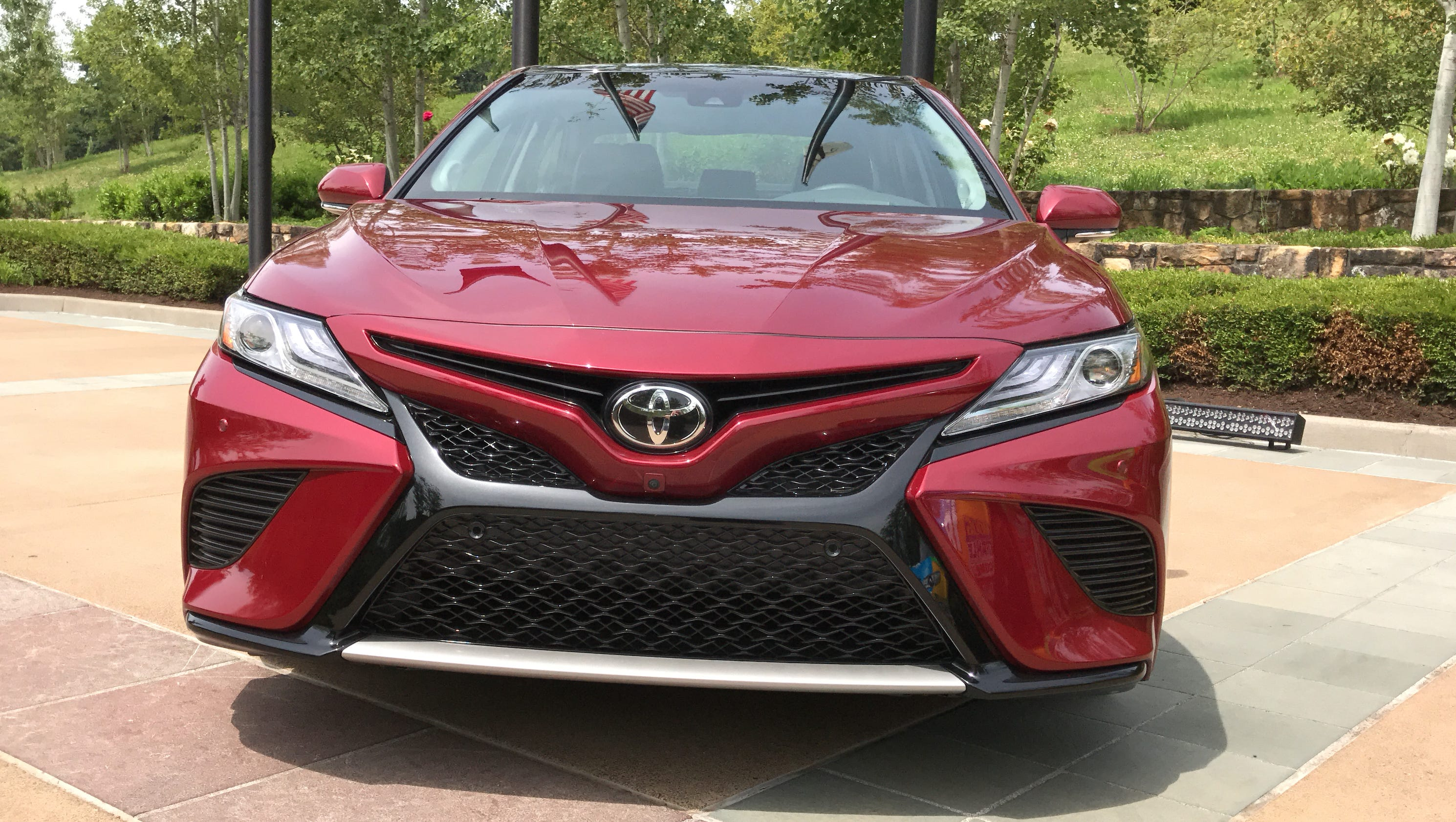 2018 toyota camry plays defense with hot looks nascar ties. Black Bedroom Furniture Sets. Home Design Ideas