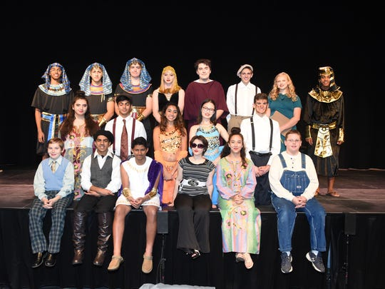 Wardlaw+Hartridge Students stage play of Epic Proportions.