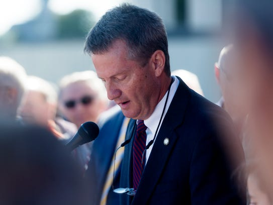Knox County Mayor Tim Burchett announces his candidacy