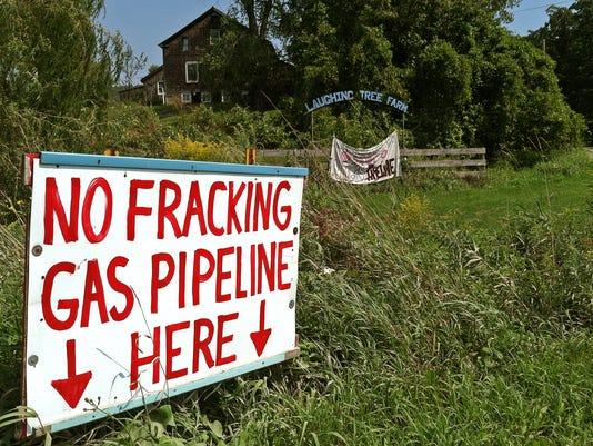 pipeline photo