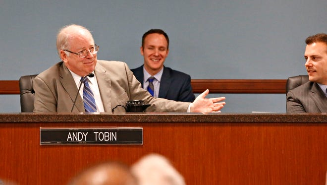 Andy Tobin speaks during an Arizona Corporation Commission meeting in February 2016.