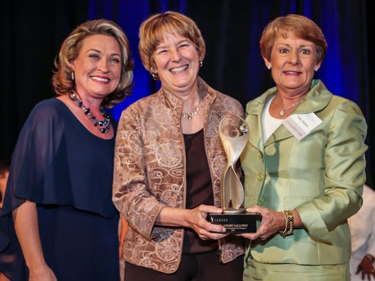 Natalie Hughes, leadership award winner Dr. Sherry