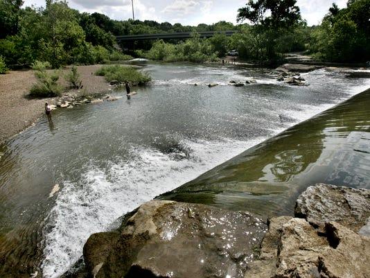 635705709595929434-01-Walter-Hill-Dam