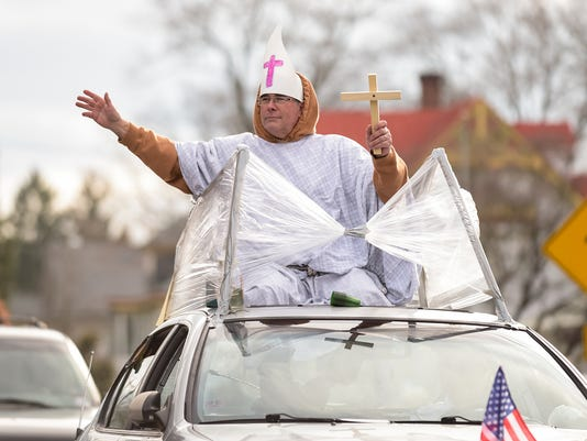 Middletown Hummers Parade News Year's Day 2016
