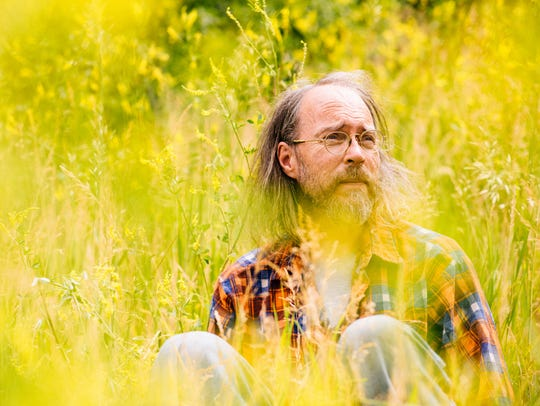 Roots musician Charlie Parr plays Higher Ground on