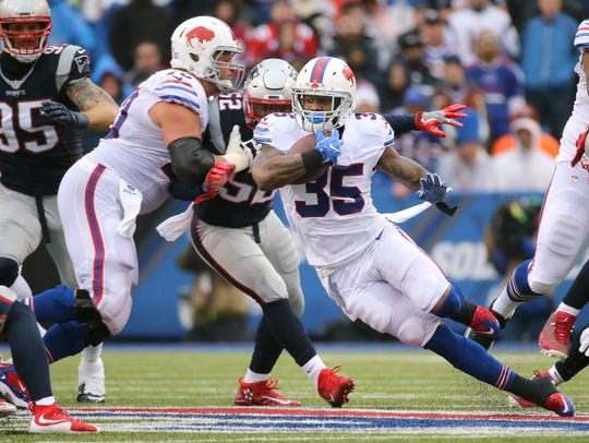 Mike Gillislee averaged a whopping 5.7 yards per carry