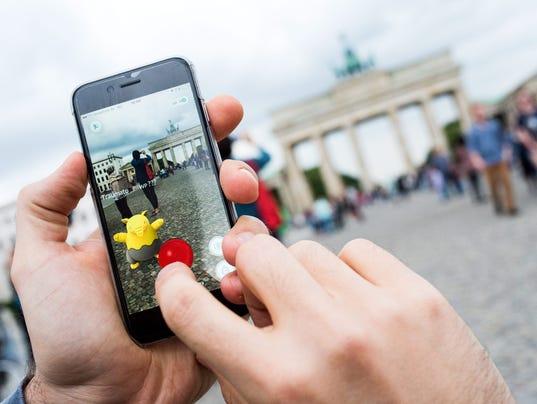 Niantic stalls on Pok  mon Go for Apple Watch   Business Insider pidgey weedle caterpie pokemon go
