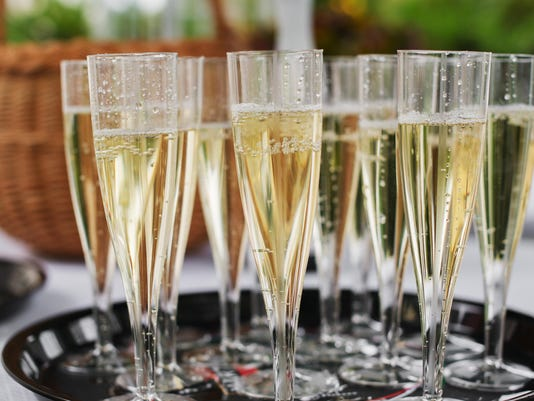 Your guide to sparkling wines: Champagne, prosecco and more
