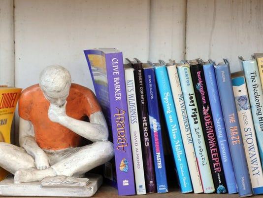 books15.JPG