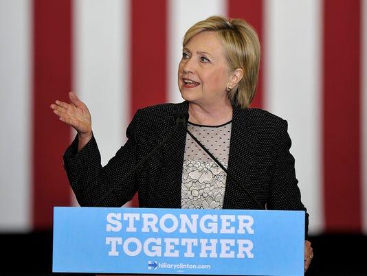 636076250590081615-081116-tm-Clinton-Warren220-CROP.jpg