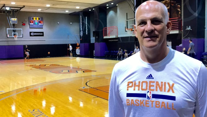 Suns assistant coach Jay Triano.