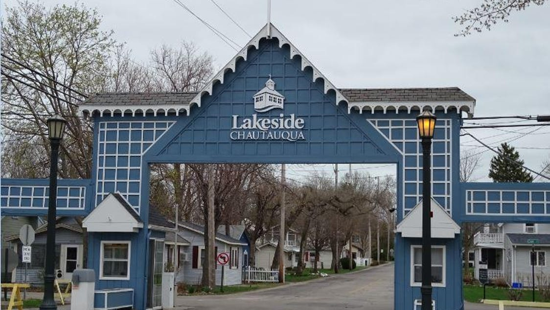 lakeside marblehead chatrooms From the south (columbus, ohio): take interstate 71 north towards cleveland, ohio take interstate 80 (toll road) towards toledo 44 miles take the interstate 250 north exit 118 toward cedar point/sandusky merge onto interstate 250 west 6 miles merge onto oh-269 north toward lakeside/marblehead turn slight right onto danbury road ¼ mile.