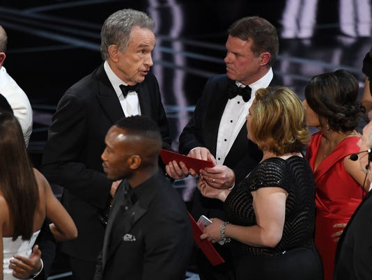 Oscars flub engulfs PricewaterhouseCoopers in controversy