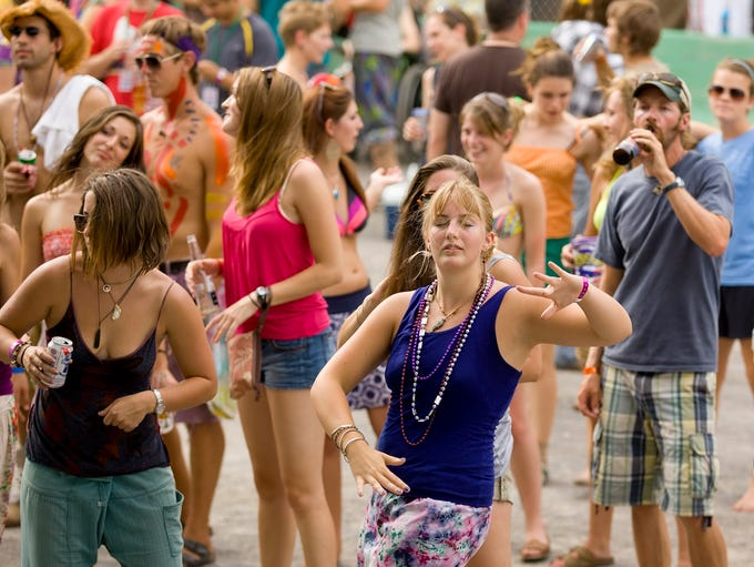 2010: The crowd at the Grandstand stage dances to the