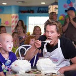 Actor Kevin Bacon battles Ethan in the Ice Cream Challenge #GKTWCHallenge