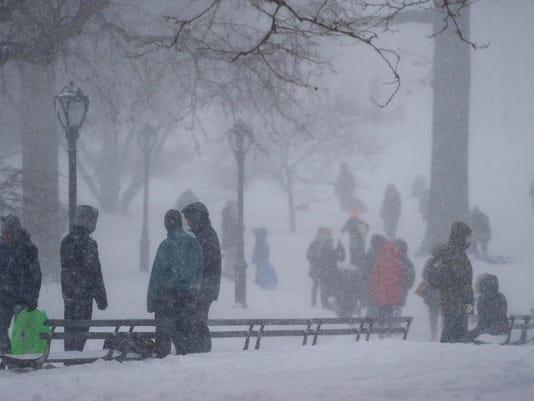 AP BIG SNOWSTORM NEW YORK A FILE WEA USA NY