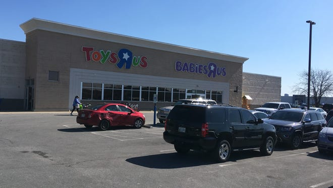 The Toys 'R' Us location in Clarksville.