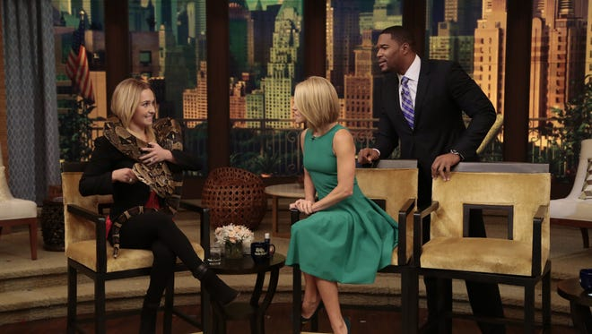Kelly Ripa and Michael Strahan talk to Hayden Panettiere on 'Live!' in New York.