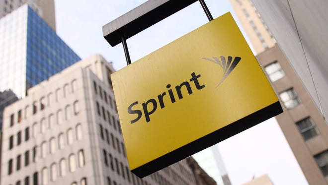 Sprint opened a pop-up store next to a Verizon retailer to compete directly with the cell phone provider.