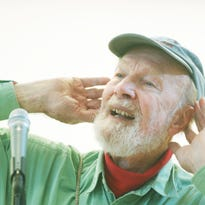 1/28/14- Pete Seeger: 5 Things you didn't know