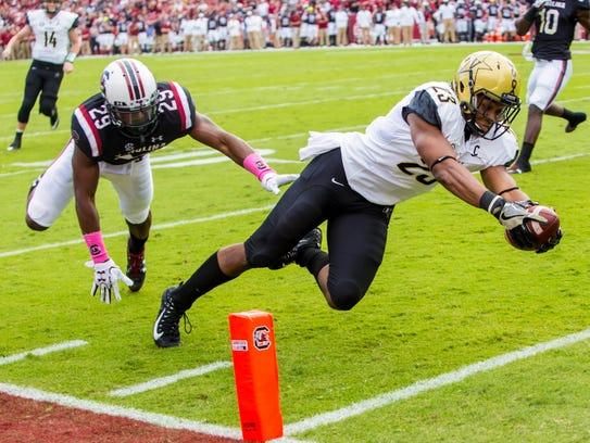 Oct 28, 2017; Vanderbilt Commodores running back Khari