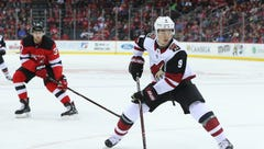 Coyotes head to Philadelphia still seeking season's first win