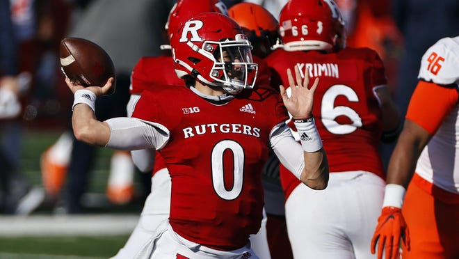 Rutgers quarterback Noah Vedral passes during the first half of an NCAA college football game against Illinois on Saturday, Nov. 14, 2020, in Piscataway, N.J.