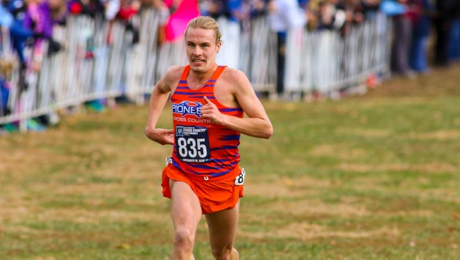 Green Bay Southwest alum Ian LaMere repeated as the NCAA Division III national champion in men's cross-country last year. The UW-Platteville senior was just the fourth individual in DIII history to win back-to-back national titles