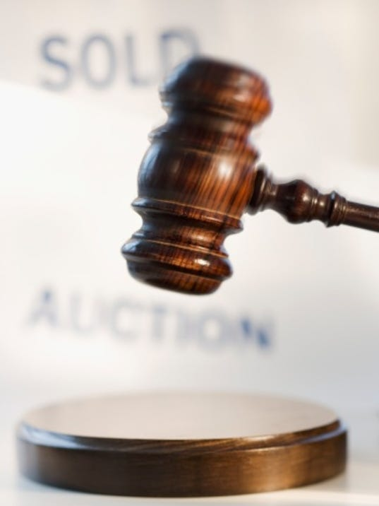 auction gavel.jpg