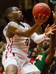Southern Utah G Randy Onwuasor (0) goes up for a layup during the second half of Friday's exhibition game against La Verne in Cedar City, Nov. 4, 2016.