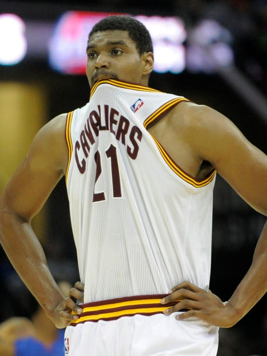 Andrew Bynum is on his way to Chicago   Photo  David Richard  USA    Andrew Bynum Bulls
