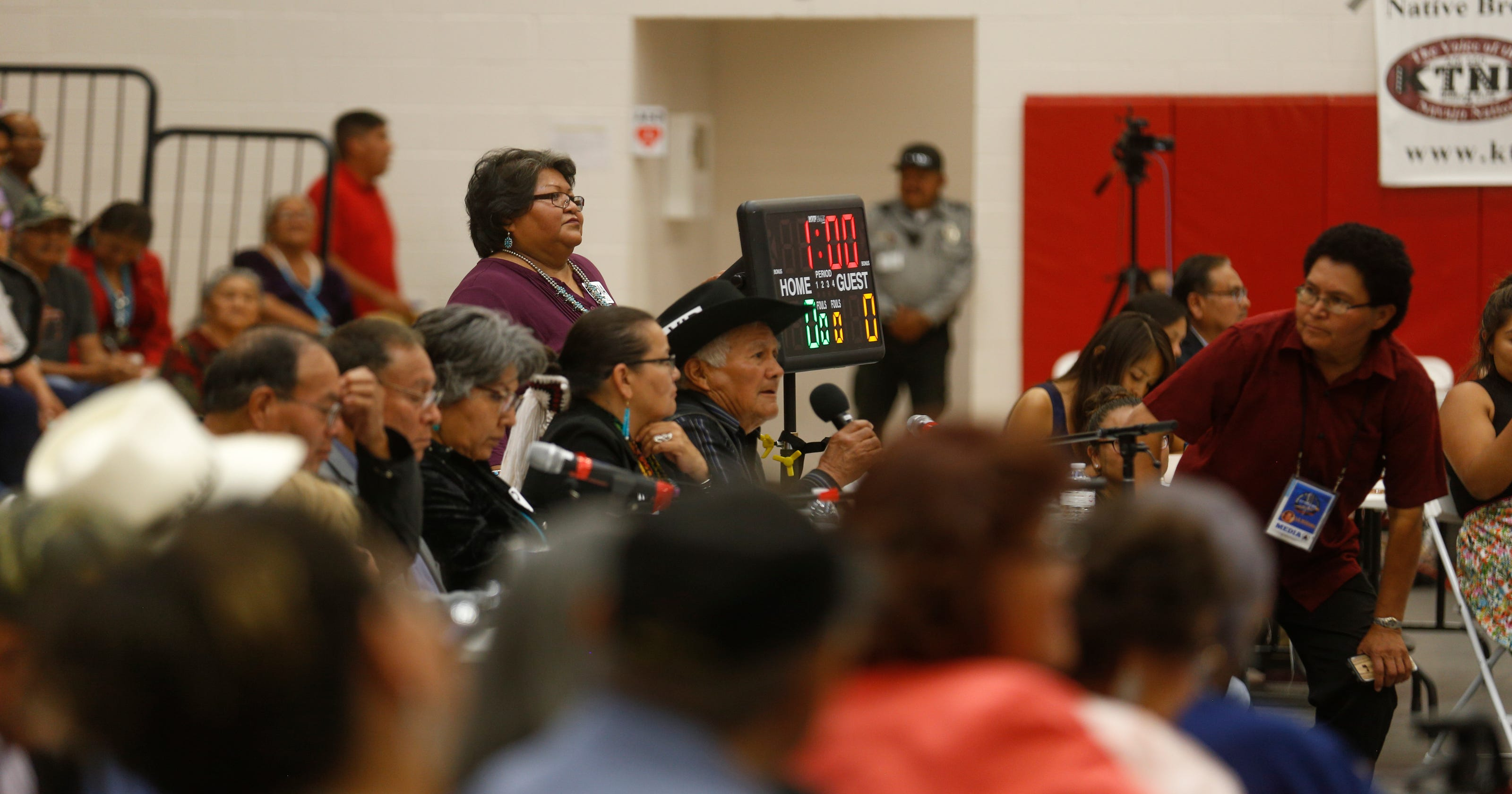 Candidates for Navajo president participate in forum