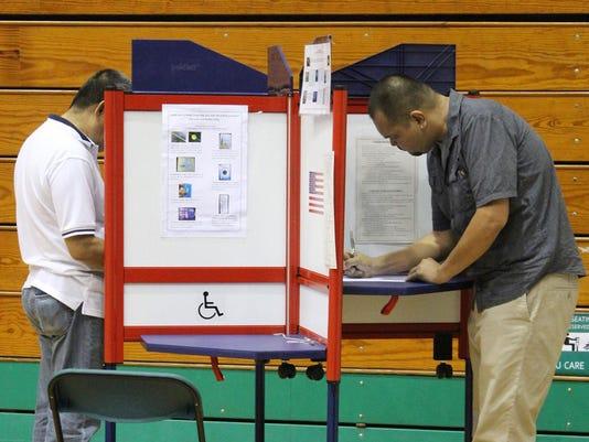 636111389738601898-GUATab-11-02-2015-PDN-1-A003--2015-11-01-IMG-General-Election-1-1-E9CDV52S-L702631589-IMG-General-Election-1-1-E9CDV52S.jpg