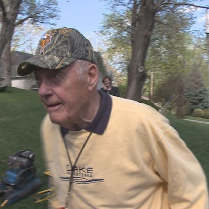 Legendary Vikings coach Bud Grant will attempt to capture