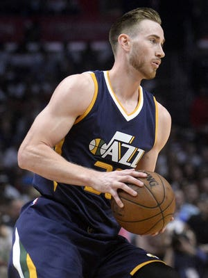 Utah Jazz forward Gordon Hayward (20) controls the ball against the Los Angeles Clippers during the first half in Game 2 of the first round of the 2017 NBA Playoffs.