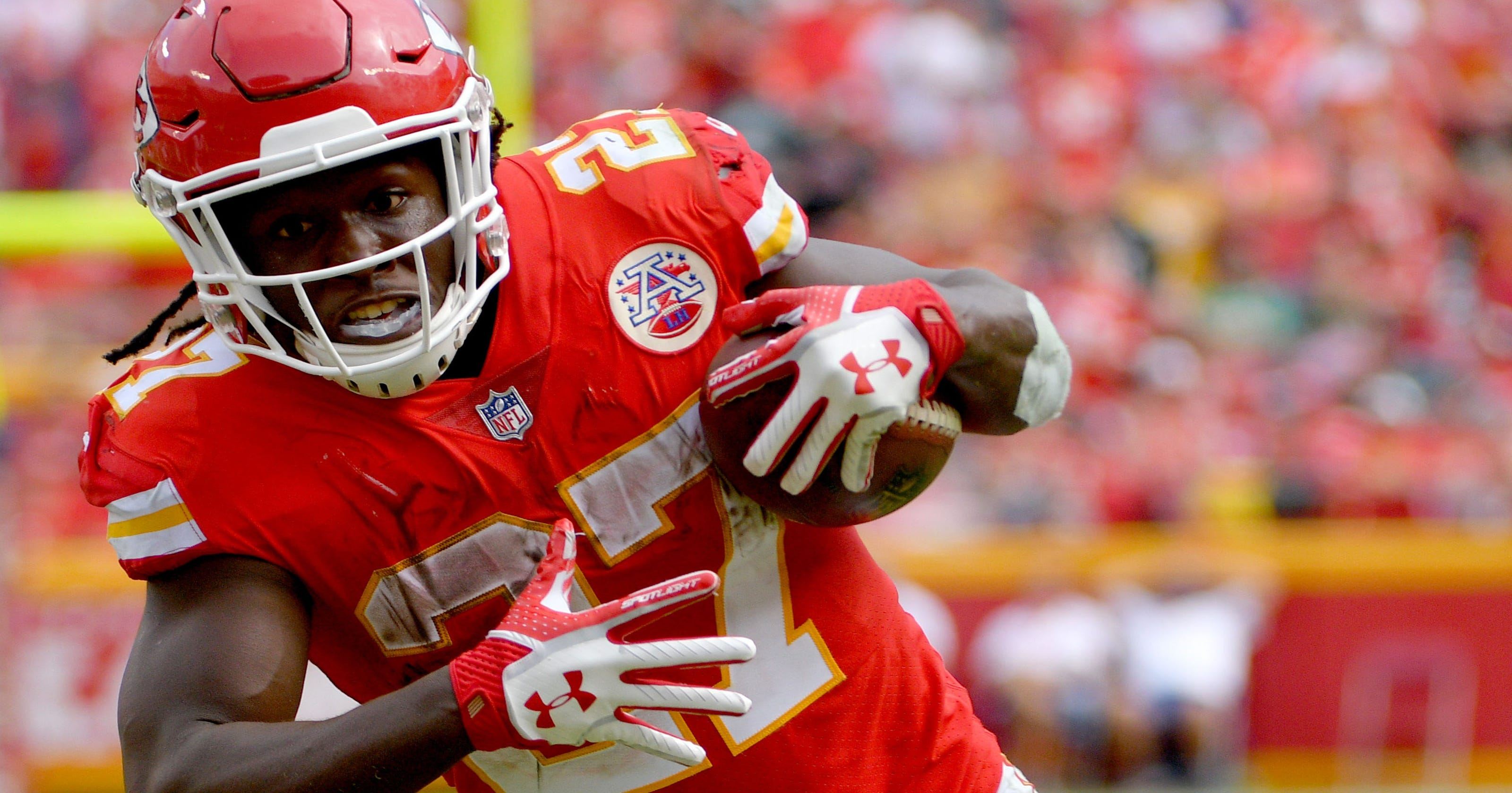 06f9141b89c Chiefs giving breakout star Kareem Hunt all the work he can handle