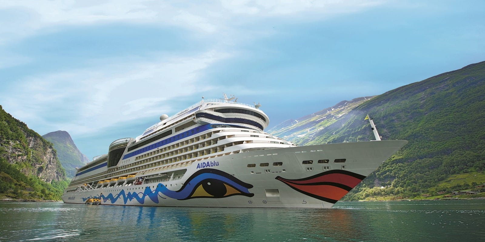 'Violated protocols': Cruiser on Carnival Corp. ship blocked from boarding over COVID-19 rules