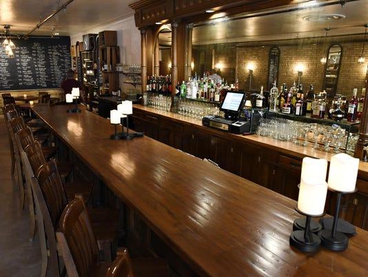 STC 0616 Konrads Wine Bar 3