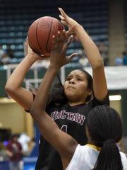 Choctaw Central's Kaedre Denson (4) shoots a jumper