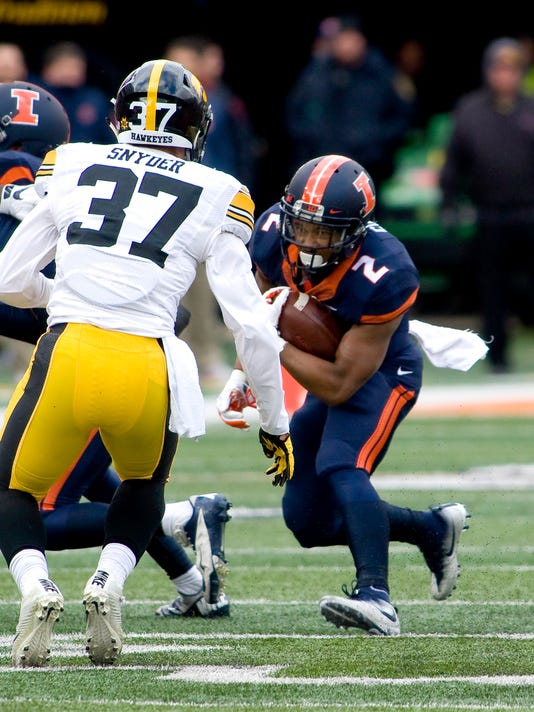 NCAA Football: Iowa at Illinois