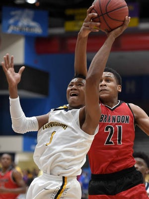 Kelvin Allen and Olive Branch split their games at the Penny Hardaway National Hoopfest over the weekend, beating East before losing to Cordova.