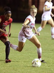 Florida Southern College senior Jess Goedde plays against