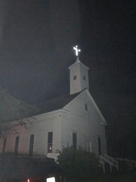 636453150606479012-Chaires-Church-night.jpg
